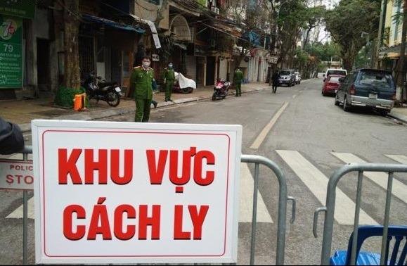 Một tài xế Grab bị ho sốt, đau tức ngực sau khi chở khách tại Trúc Bạch, Hà Nội