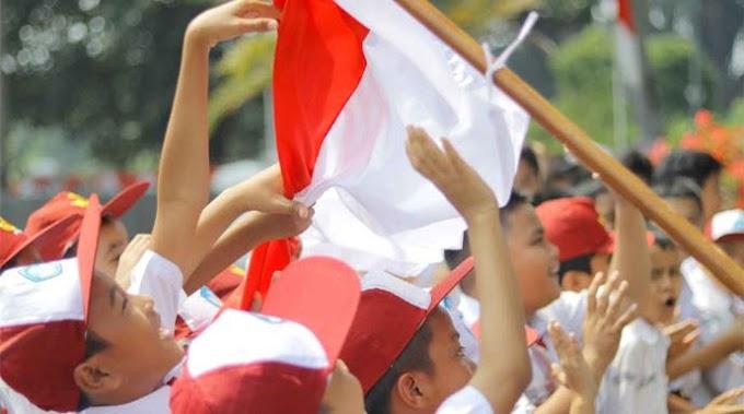 Di Bawah Bendera Kita