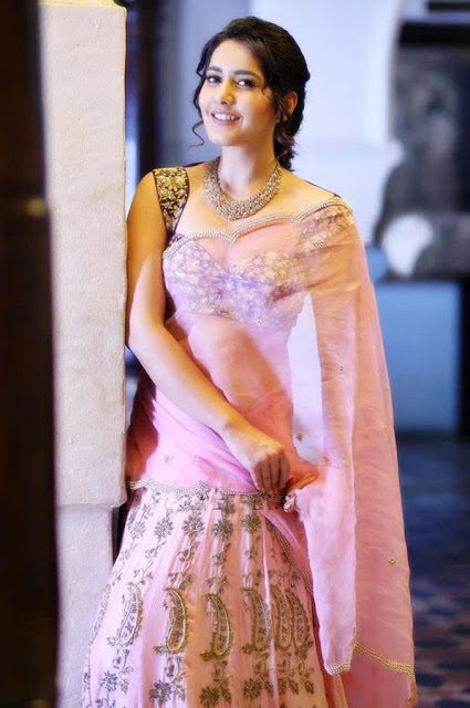 Raashi Khanna Latest Half Saree