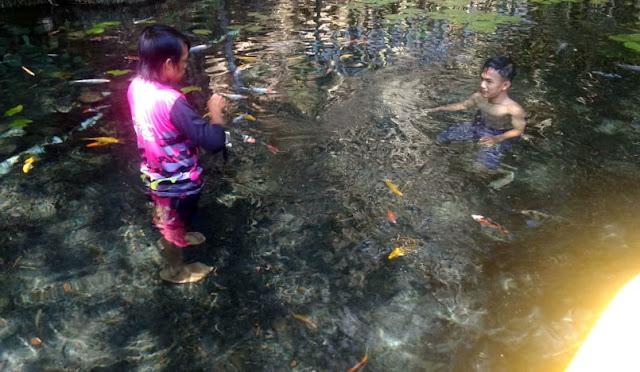 Spot foto underwater di Pemandian Alam Tirtosari View