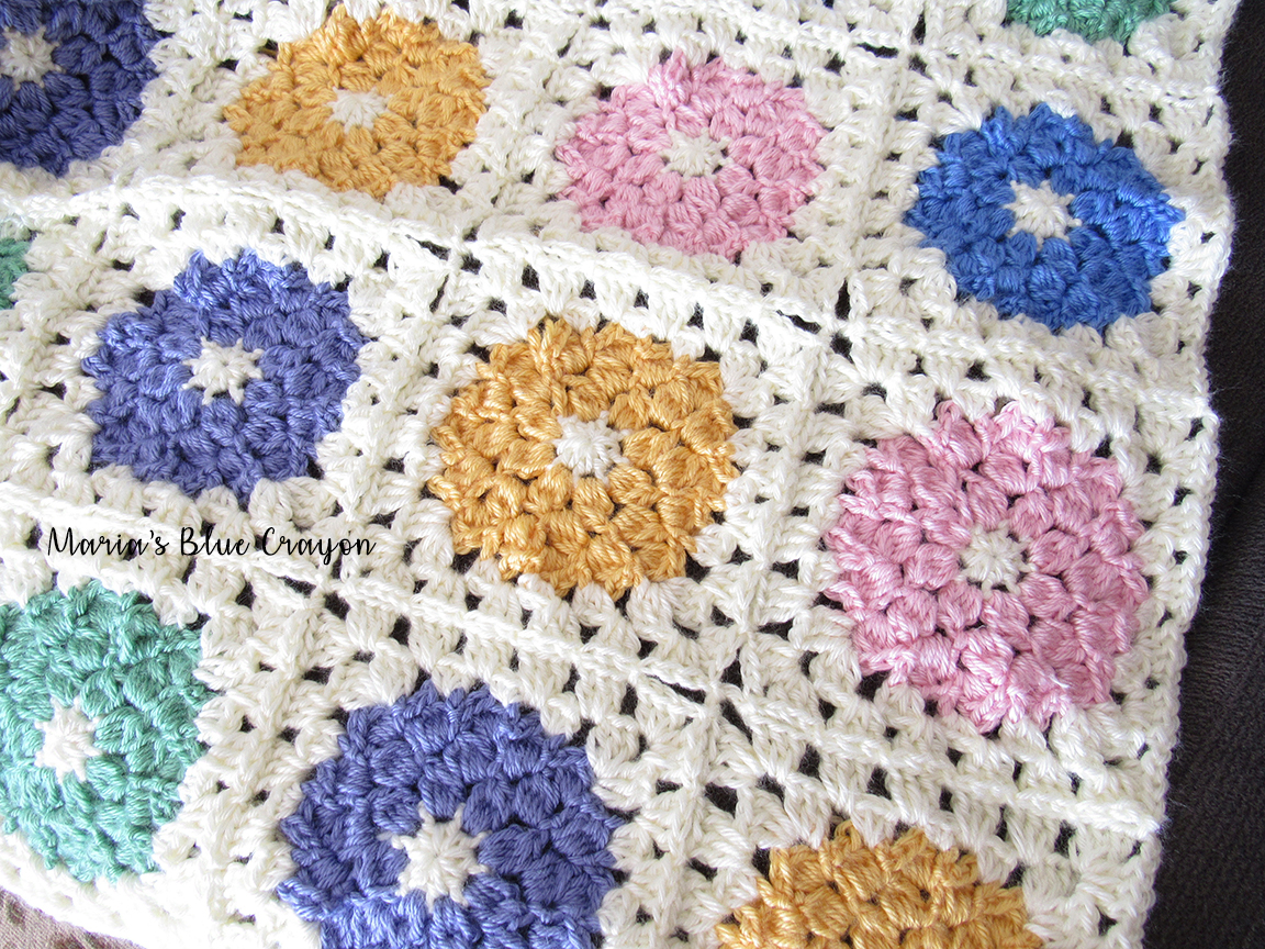 Spring Flower Granny Square Crochet Pattern - Maria\'s Blue Crayon