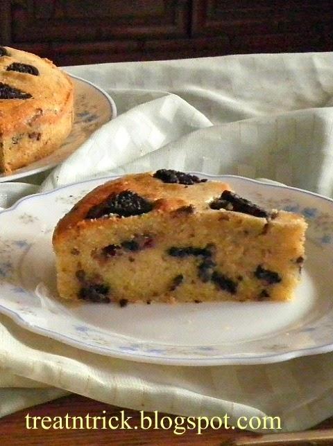 Cake recipe @ treatntrick.blogspot.com