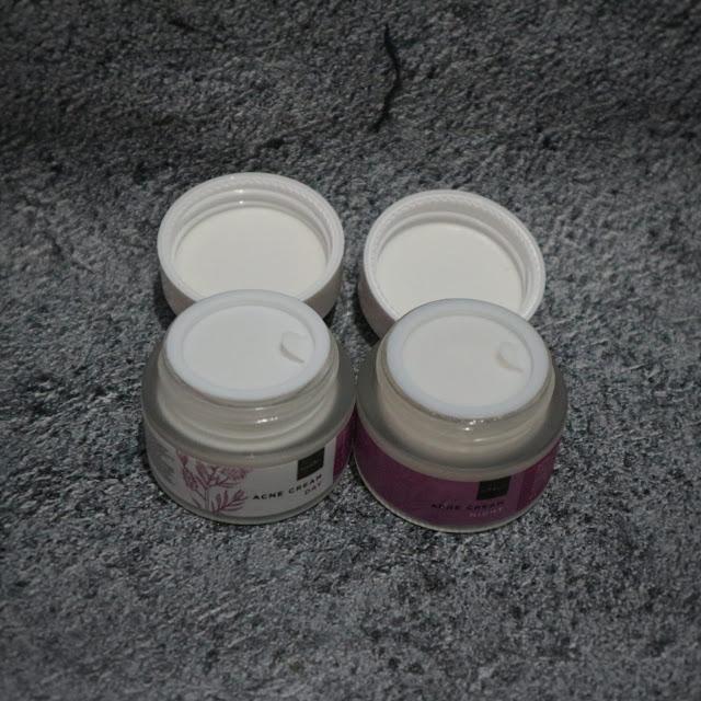 Scarlett Whitening Acne Day Cream Packaging