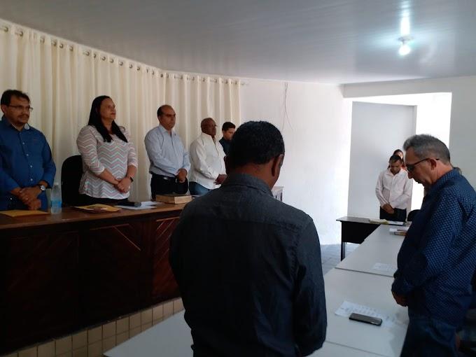 Vereadores de São Roberto acatam denúncia do colega vereador e desrespeitam os direitos do povo