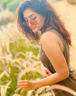 Eesha Rebba Glam Pictureshoot 4