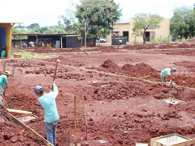 Prefeitura investe R$ 2,6 milhões na reconstrução Escola Gabriela Mistral