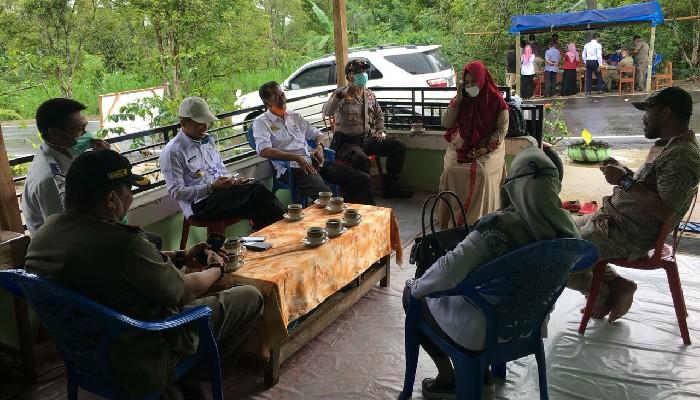 Legislator Gerindra Kunjungi Posko Covid-19 Pemdes Kassibuleng