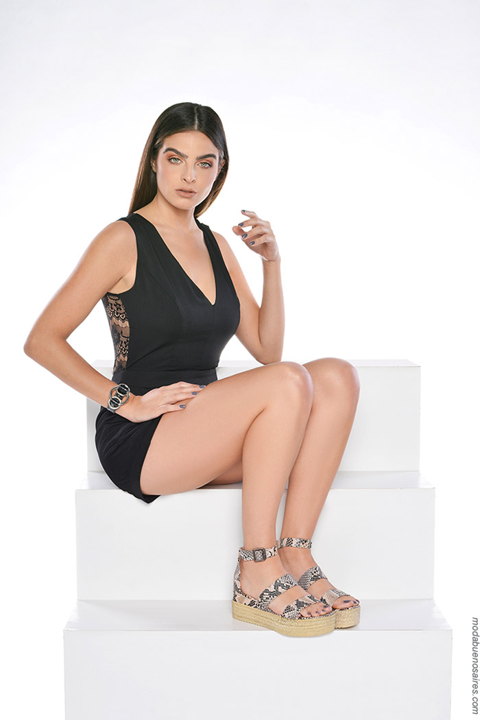 Sandalias animal print primavera verano 2020. Moda calzado femenino primavera verano 2020.
