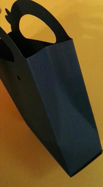 http://scatolesumisura.it/it/categorie-di-utilizzo/bomboniere-portaconfetti-fai-da-te.html
