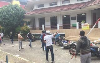 Waduh Kampus Jadi Ajang Pertempuran Oleh Rektor