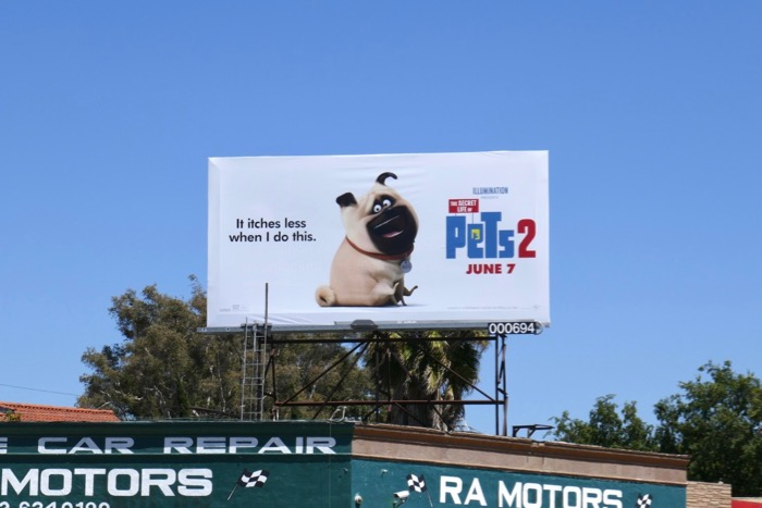 Secret Life Pets 2 film billboard