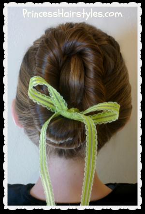 Frozen Disney Anna Girl/'s Brown Braided Pigtails Headband