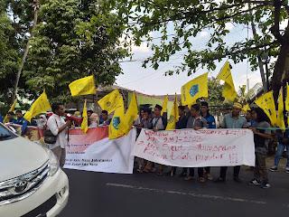 PMII Bali-Nusra Anggap KPK dipolitisir, bersihkan kelompok Taliban di tubuh KPK.