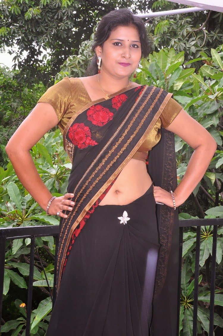 Mallu Aunty Hot Navel Show Hd Photos In Sareemallu Navel -6657