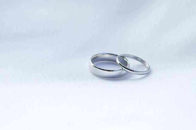 Non Diamond Engagement Rings Gem-less