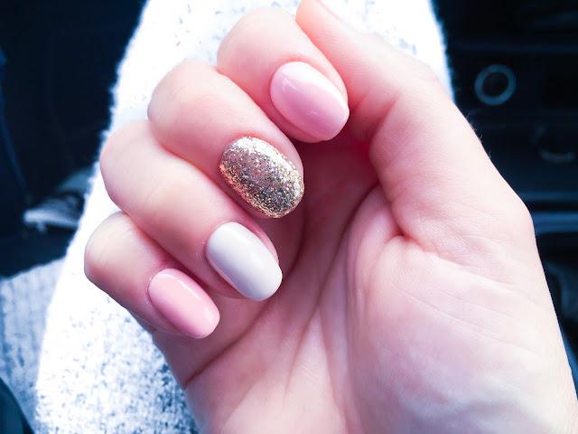 manicure hybrydowy na lato