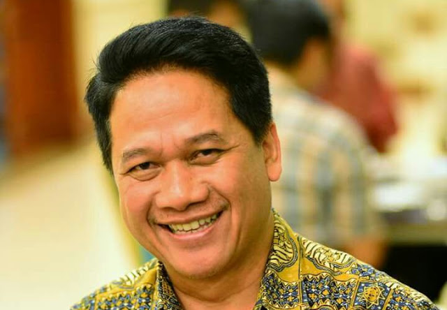 "Tak Radikal, Guru Besar Undip Dukung Yel-Yel ""Islam Yes Kafir No"""