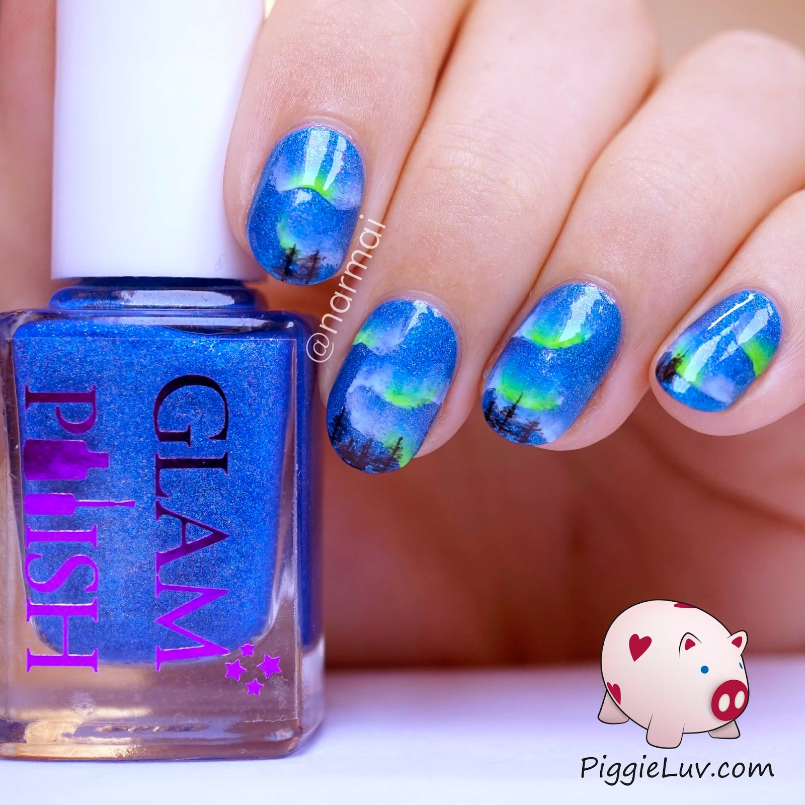 PiggieLuv: Aurora Borealis nail art (glow in the dark)