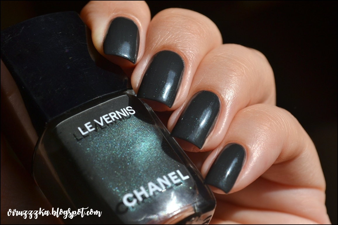 CHANEL Le Vernis 558 Sargasso. Review & Swatches