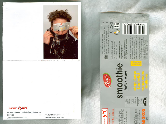 A scanned image of a picture made in a pronto phot photobooth in switzerland. Next to the picture there is a label of Anna's Best Smoothie Fruit and Yogurt.