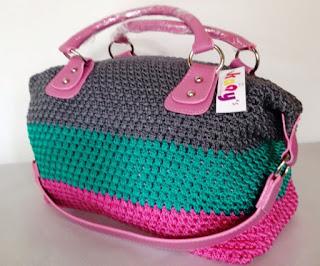 Model Tas Rajut Kaay Warna Pink Kombinasi Hijau Tosca