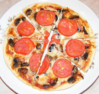 pizza de casa, retete pizza, retete culinare,