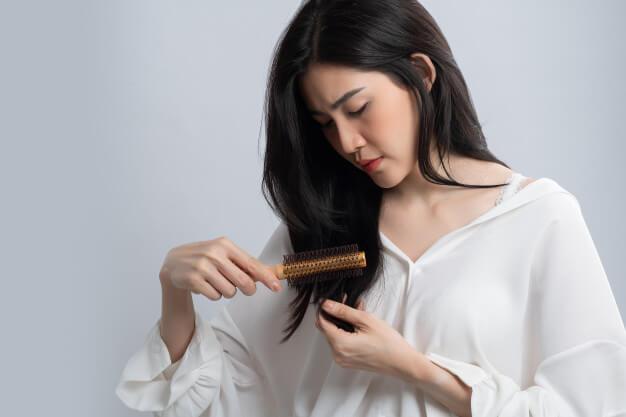 8-hal-kotor-yang-bisa-terjadi-pada-rambut-jika-tidak-keramas