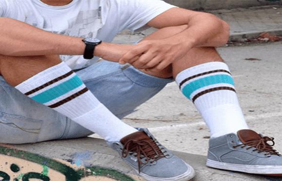 roupas-Bermuda-e-meias-listradas
