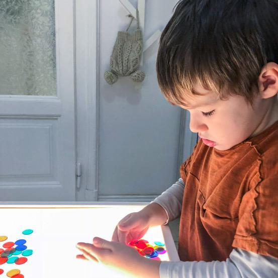 Mamma leggiamo insieme come costruire un tavolo luminoso - Tavolo luminoso per bambini prezzi ...