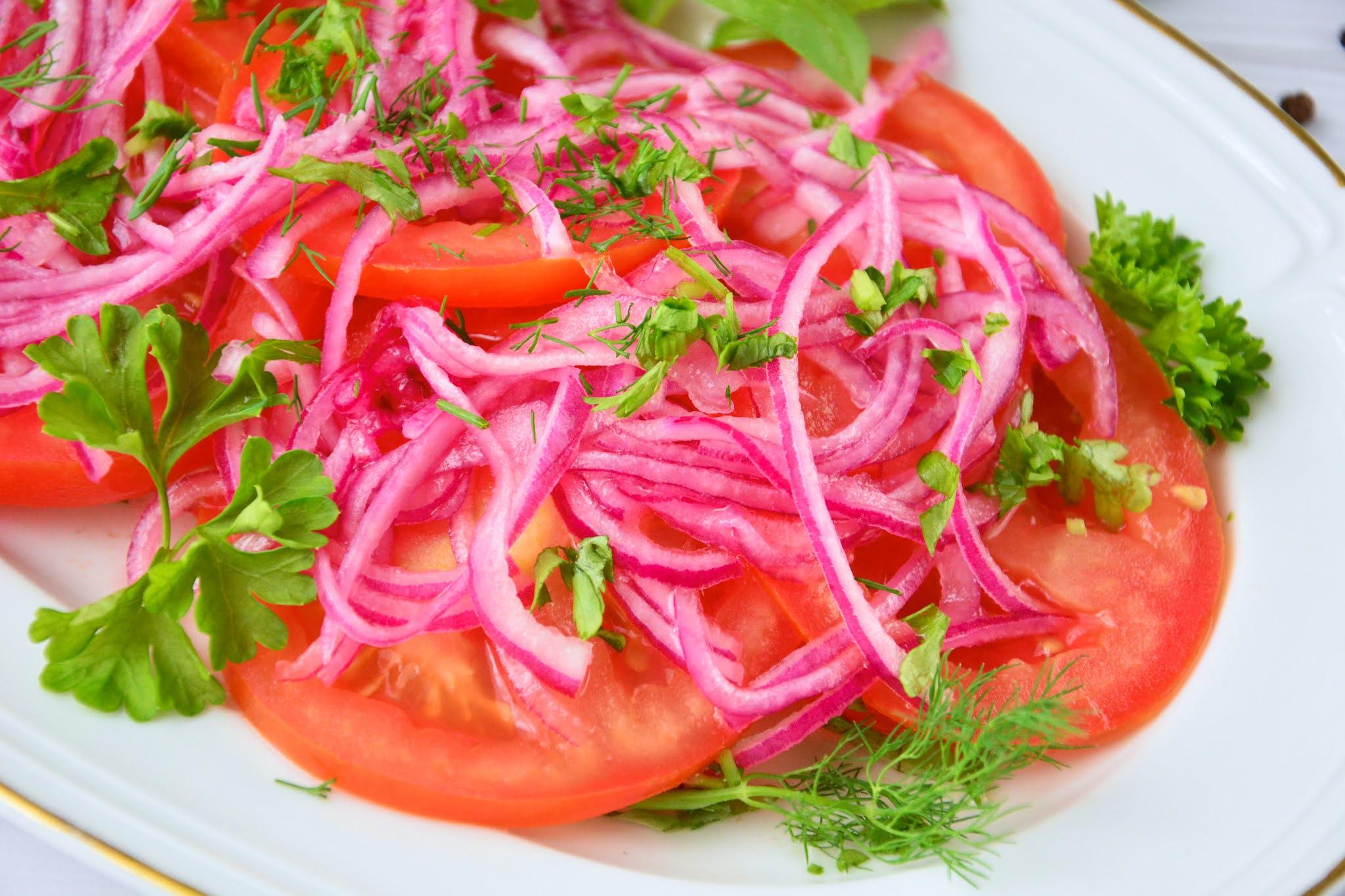 Sałatka z pomidorów do obiadu
