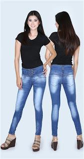 Celana Jeans Wanita Terbaru