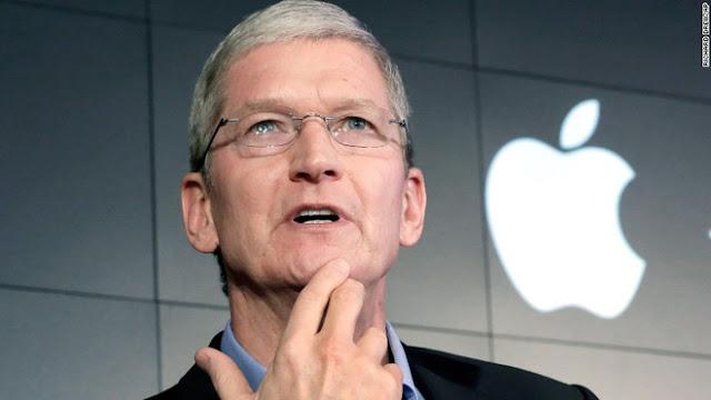 Theo Giám đốc Điều hành Tim Cook, cứ cách ba đến bốn tuần một lần, Apple sẽ mua một công ty khác.