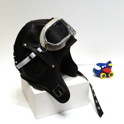Шлем пилота детский на 2-4 года: натуральная кожа, подкладка с синтепоном. Ручная работа, на заказ. Доставка курьером или почтой
