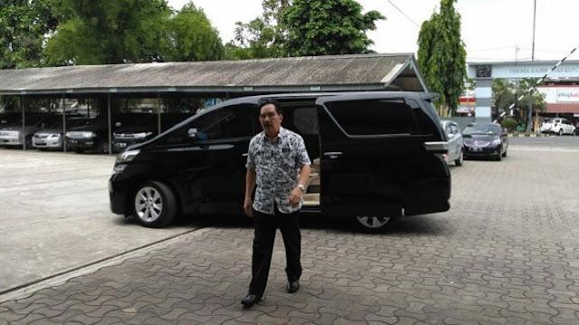 Mantan Ketua KPK Antasari Azhar saat mendatangi Lapas Tangerang pada Rabu (25/1/2017) siang.