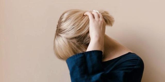 3 Hal yang dapat membuat cat rambut rusak dan kusam