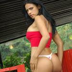 Andrea Rincon, Selena Spice Galeria 21 : Jean Azul y Top Rojo Foto 42