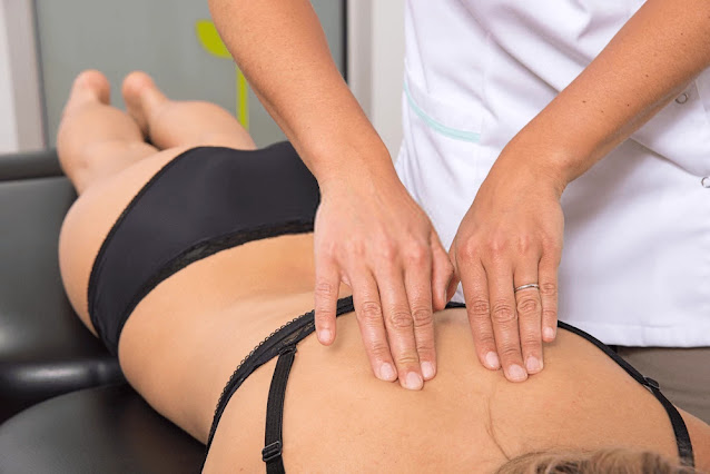 Lower back pain - 6 Possible Conditions That Can Cause Back Pain In Women After 40 - manual back treatment