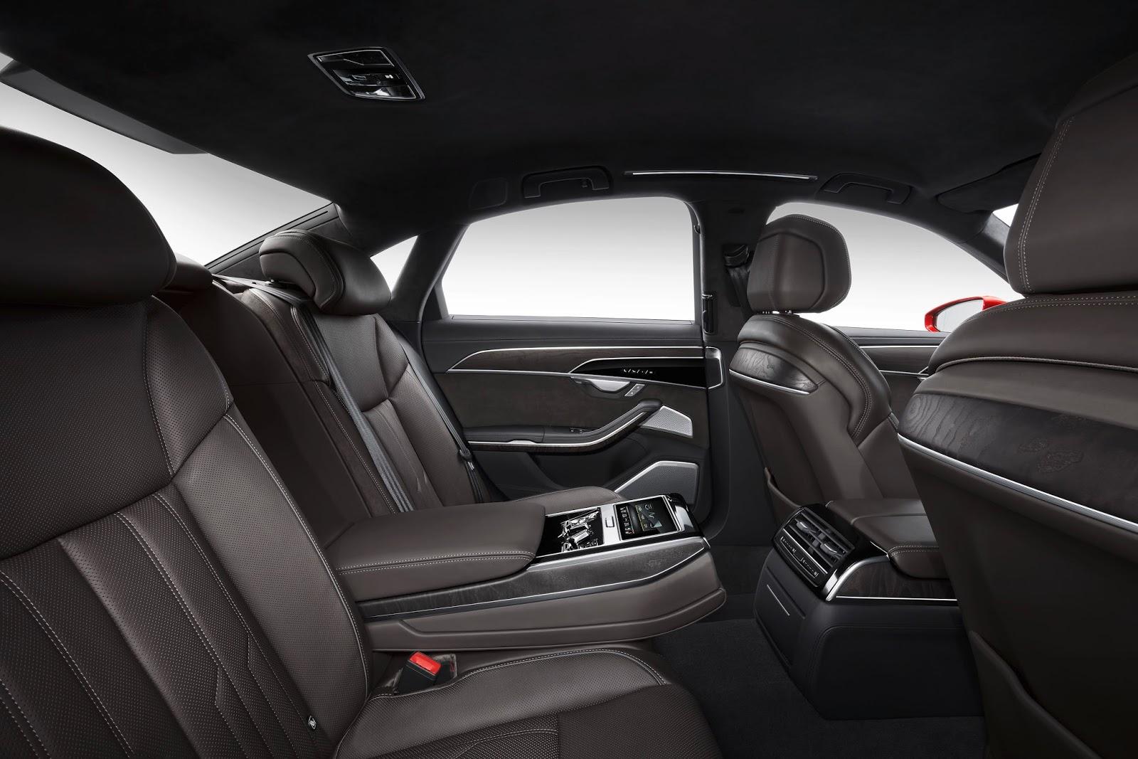 Audi A8 3.0 lít 5 chỗ ngồi