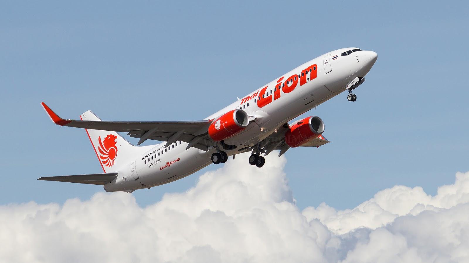 Puget Sound - Boeing Test Flights: HS-LUH B737-8GP Thai