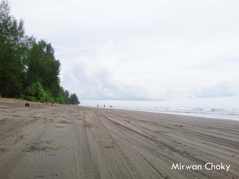 Pantai Ujoeng Manggeng Aceh Selatan