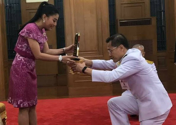 Sirivannavari Nariratana, the only daughter of Crown Prince Maha Vajiralongkorn and Sujarinee Vivacharawongse