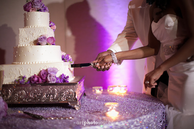 Wedding Cake  - Orlando - Real Wedding - Joie de Vie Wedding - Rosen Shingle Creek - Kirby - Purple - Atmospheres Floral