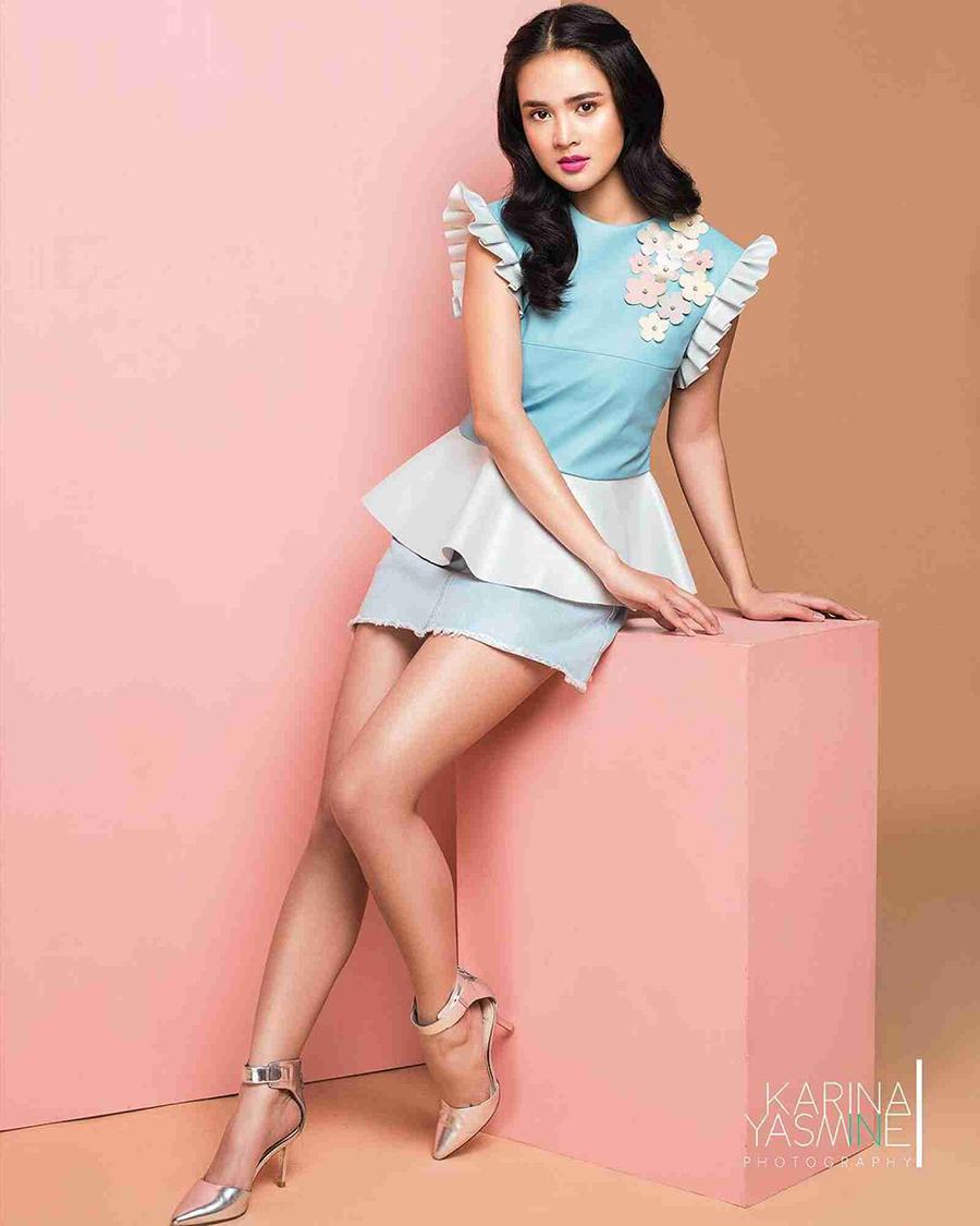 model rmabut cantik dan manis Michelle Ziudith