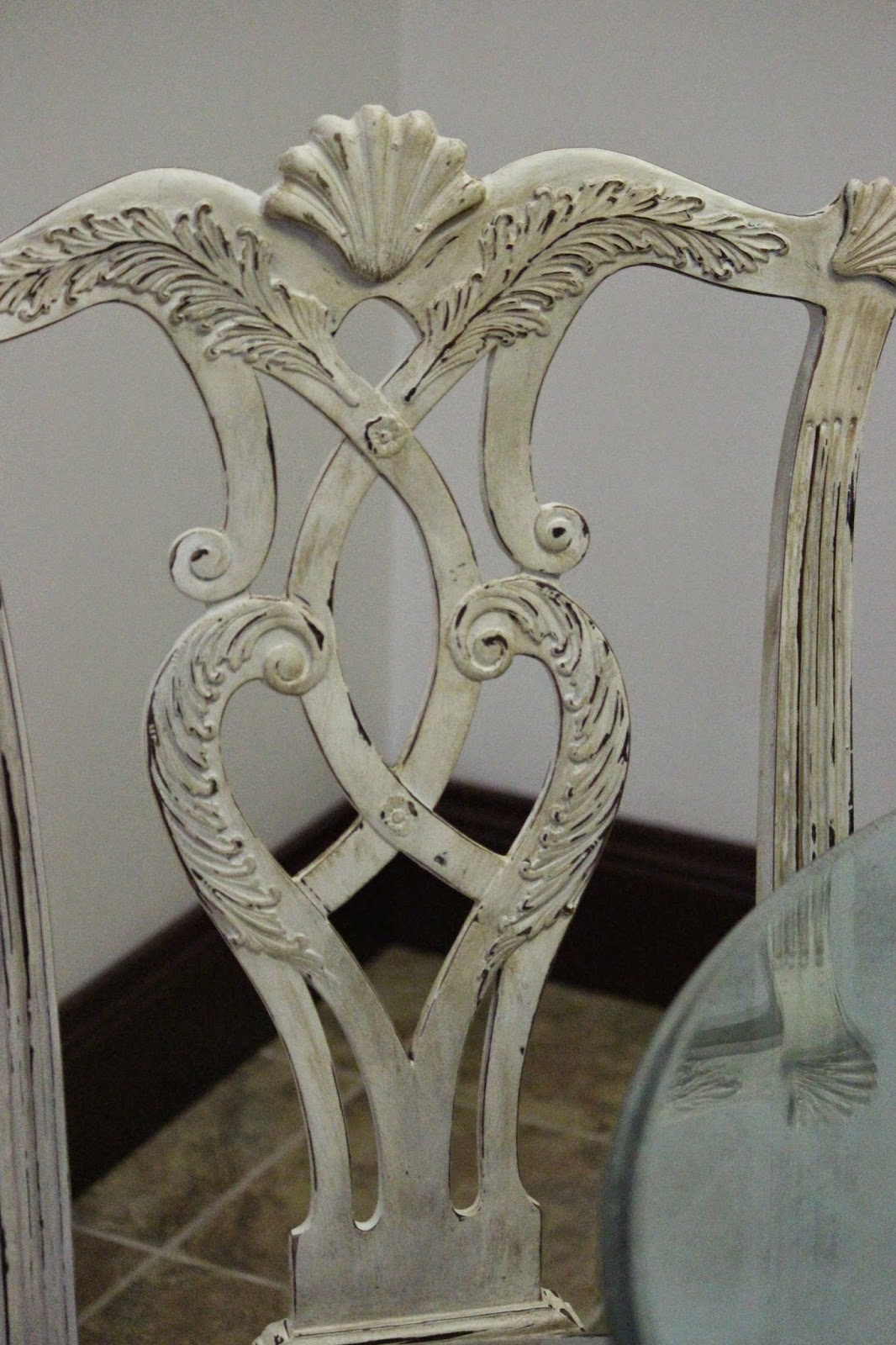 Annie Sloan DIY Distressing Dining Room Chairs