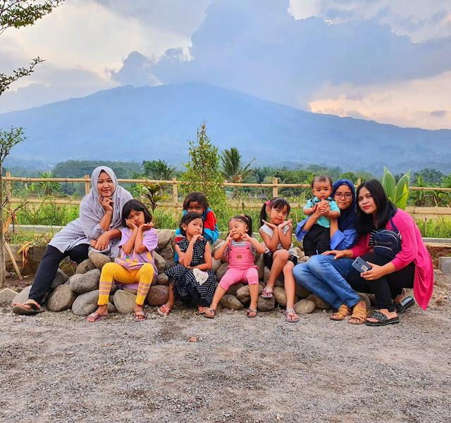 Waroeng Tjandi Ungaran Semarang Jawa Tengah