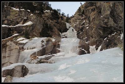 Cascada de hielo en Cavallers, Boí
