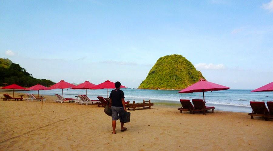 Tempat Rekomendasi Wisata di Banyuwangi 2015 - Pulau Merah