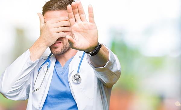 vergüenza-Colombianos-no-acuden-médico-salud-Doctoralia