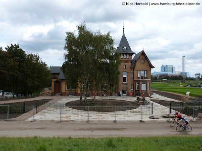 Hamburg Radweg Villa Kaltehofe Elbe