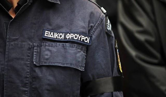 Διαθεσιμότητα και Ε.Δ.Ε. σε βάρος του Ειδικού Φρουρού που συνελήφθη για την υπόθεση ξυλοδαρμού του σταθμάρχη